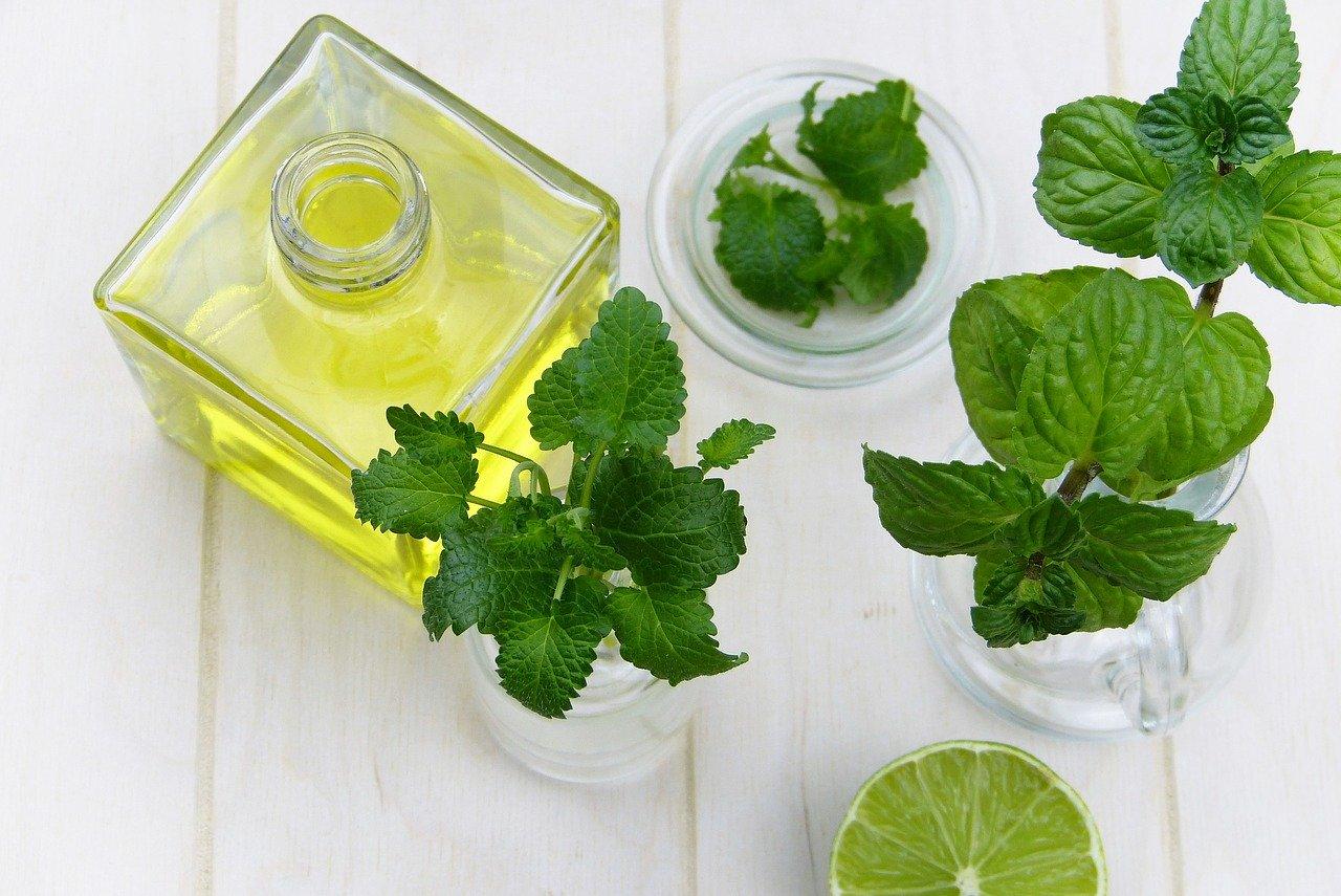 olio essenziale alla menta